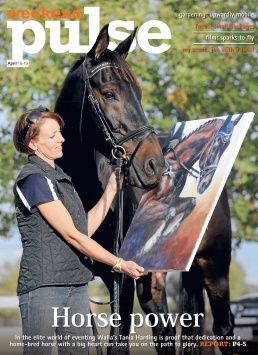 Front Page of The Border Mail newspaper suppliment Weekenfd Pulse. Photo of a horse looking at a painting of itself by John Russell